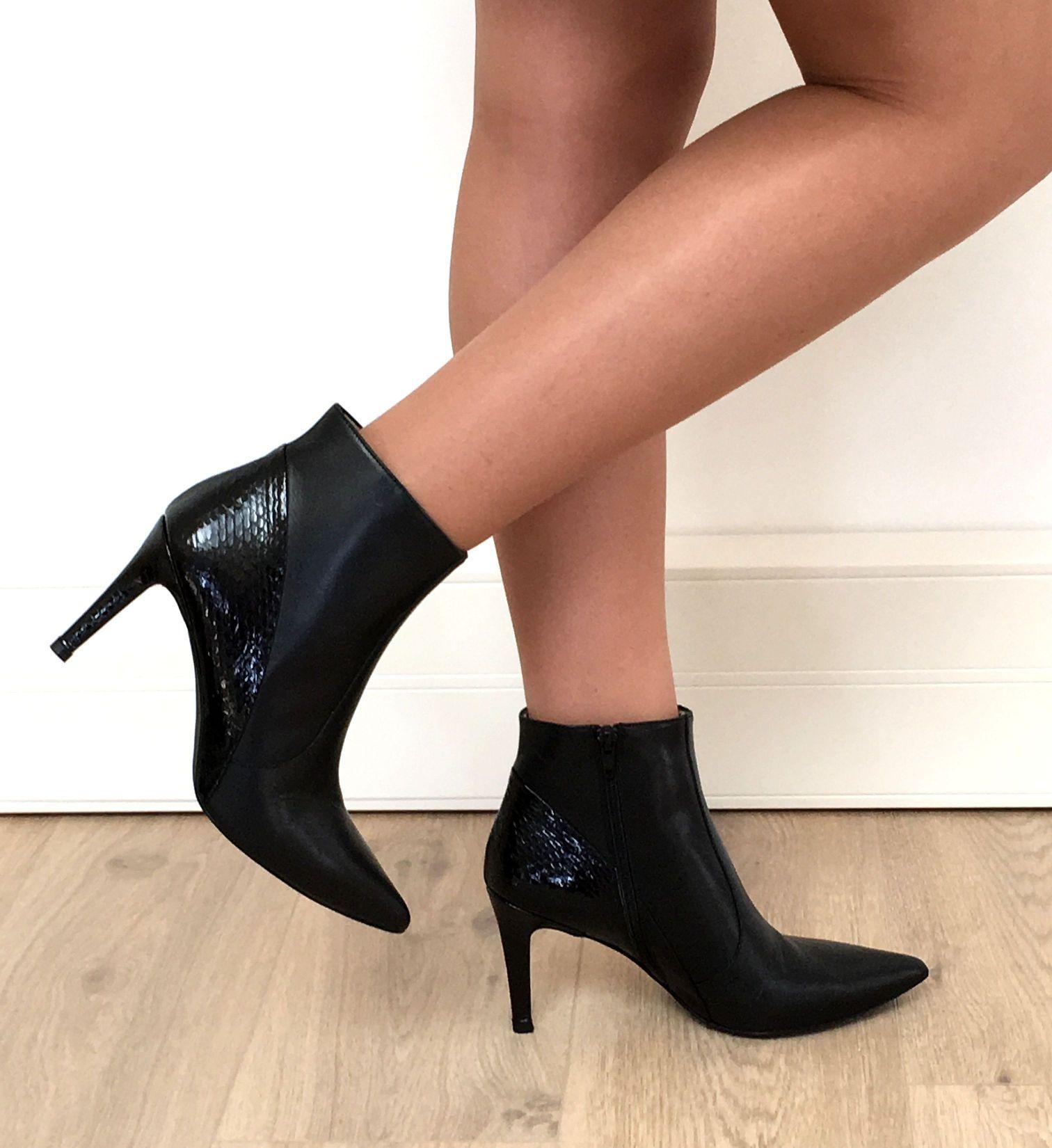Chaussures Intemporelles De La Cour Avec Bloc Noir Talon Pour Les Femmes Esprit BrP2AU