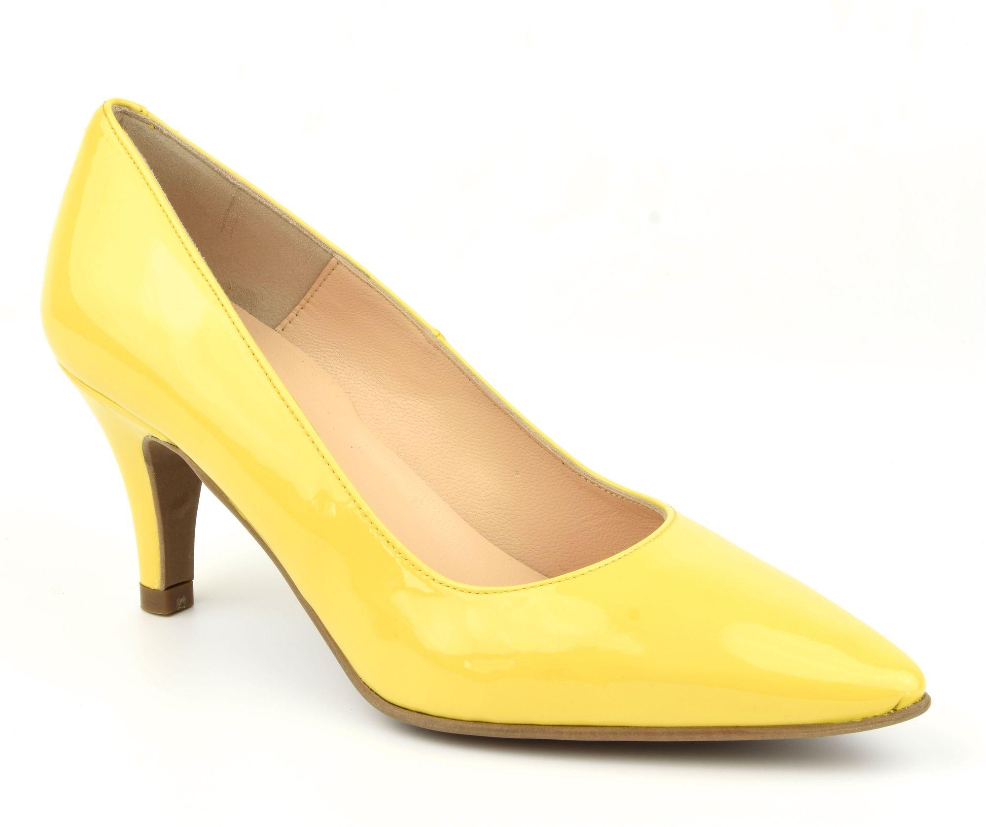 escarpins verni jaune bout pointus petite pointure